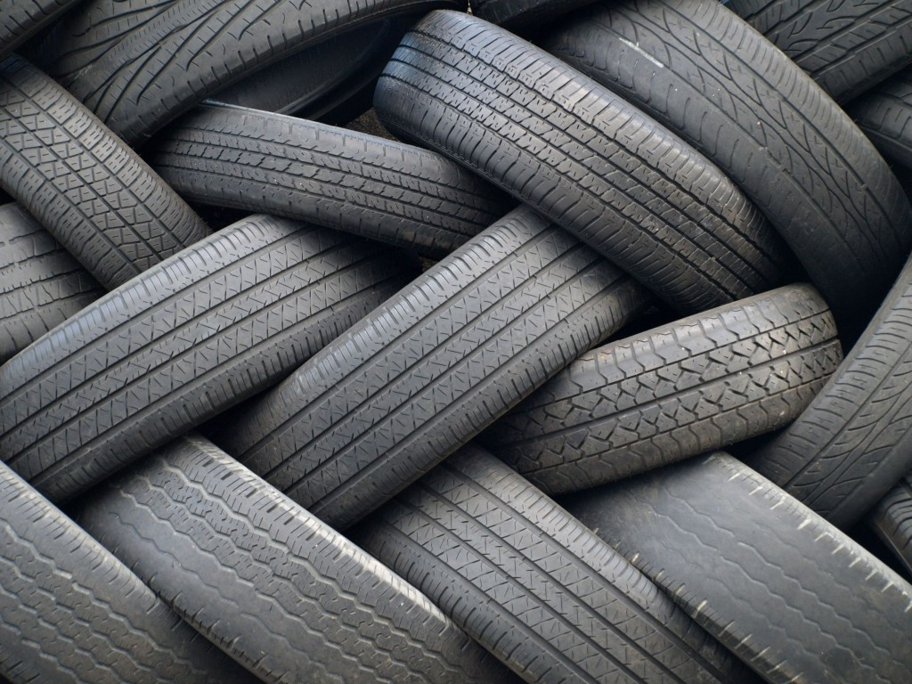 8003389 - tires